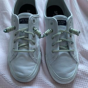 Leather sperry casual sneakers